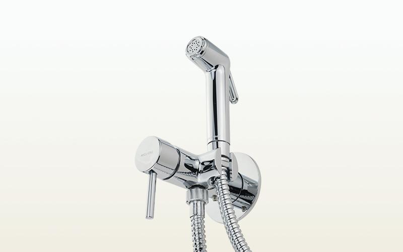 Новинка! Гигиенический душ со смесителем в серии Fortis